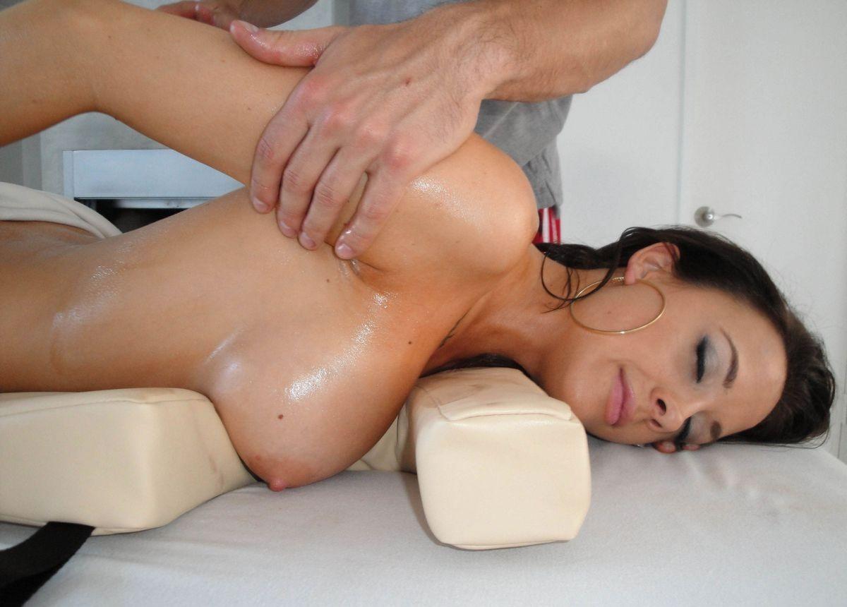 смотреть реалистичный порно массаж - 1